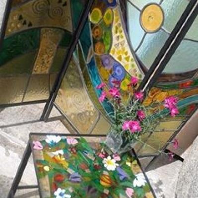 Paravento e tavolino fiorito